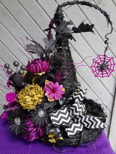 Grapevine Witch Hat Floral Arrangement by oldelangfarms on Etsy