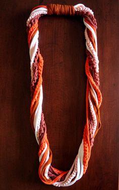 Trapillo, collar-bufanda de