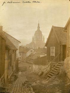 Stockholm 1880 - my maternal grandfather was born in Alghult, Kronoberg, Sweden 1886. I wonder if he was able to visit Stockholm before he left Sweden.