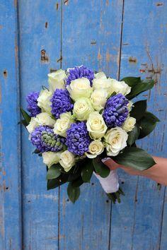 gr styling weddings in Naxos. Bouquets, Floral Wreath, Wreaths, Weddings, Flowers, Home Decor, Flower Crown, Bodas, Decoration Home