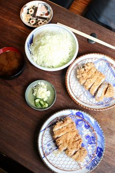 ✖ BUTAGUMI tonkatsu specialist.  The evergreen options are Ryuuka-ton (¥1,900) from Okinawa, and Nattouku-ton (¥2,300) from Gifu. You can also find other premium meats such as Golden Boar Pork (¥3,000) from Hyougo, Nakijin-agoo-buta (¥4,500) from Okinaa, and the famed Iberico Pork (¥4,800) from Spain. 2-24-9 Nishiazabu, Minato Tokyo, Japan Tel: +81 3 5466 6775 Tue to Sun: 11.30am – 2pm, 6pm – 10pm Nearest Station: Roppongi Japan