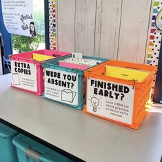Organize all the papers! Loving this system from 5th Grade Classroom, Middle School Classroom, Classroom Design, Science Classroom, Future Classroom, Classroom Ideas, Classroom Routines, Classroom Displays, High School