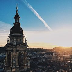 Good Morning Budapest!  #budapest  #hungary #hellobudapest #citymoment #budapest  #lovethiscity  Thx for the photo ---> @julia_lobasheva If you take a nice picture from Budapest, send us in instagram and if it is real good we will share it! @budapest_hungary  #budapest  #travel #instatravel  Follow us on Facebook: https://facebook.com/BudapestHungaryBlog