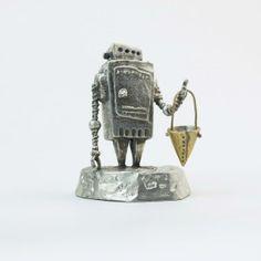小さなロボット「Ropica」 / ¥11,500 - 京都一乗寺 ウケンムケンのオンラインショップ