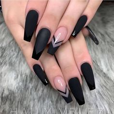Super Trendy Acrylic Nails For Clear Nails With Flames. This mani features. - Super Trendy Acrylic Nails For Clear Nails With Flames. This mani features clear nails that a - Black Acrylic Nails, Best Acrylic Nails, Long Black Nails, Nail Black, Short Nails, Black Ombre Nails, Purple Nail, Black Acrylics, Acrylic Nail Art
