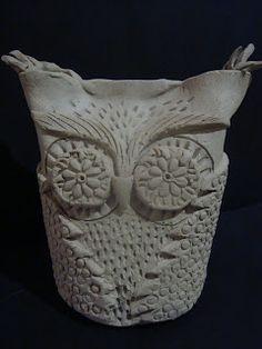 Love a new clay OWL idea!!!! Once upon an Art Room: Owls