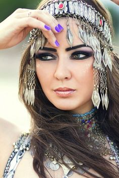 gorgeous eye makeup & accessories