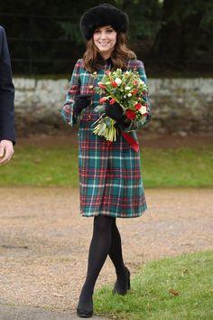 December 25, 2017 Meghan Markle, Style Kate Middleton, Princesa Kate Middleton, Style Royal, Plaid Coat, Wool Coat, Prince William And Kate, William Kate, Lady Diana