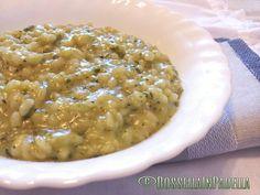 Risotto cremoso alle zucchine e profumo di menta. Un risotto buono e sano. Fresco con il suo profumo di menta. ideale in qualsiasi occasione, pranzo o cena.