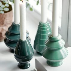 The warm glow of the new Avvento candle holders for ordinary candles will light up the dark winter evenings for even longer, and are now available in luscious green shades and deep reds.