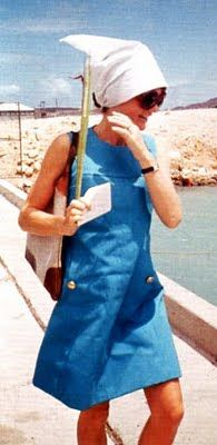 Jackie O, shift dress, big sunglasses, and head scarf. Love it.