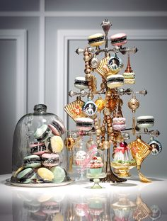 JETSET Mag CREATE YOUR OWN PARIS FASHION CHRISTMAS TREE - JETSET Mag