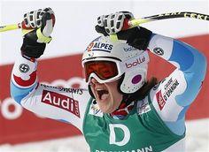 Ski: Marion Rolland sacrée championne du monde de descente - http://www.andlil.com/ski-marion-rolland-sacree-championne-du-monde-de-descente-90992.html