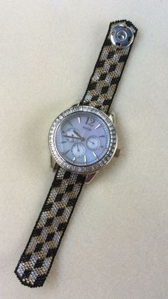 Bracelet Tutorial, Beading Patterns, Bracelets, Bracelet Watch, Swarovski, Handmade Jewelry, Ipad, Jewelry Making, Watches