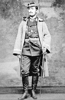 De Neuville (ici sur la photo) servait alors dans la garde nationale de Paris et Detaille dans la mobile. en novembre, ce dernier fut affecté à l'état-major du général Ducros responsable de l'offensive...