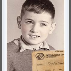 Martin Sheen as a child, with his Boys and Girls Club membership card Celebrities Then And Now, Young Celebrities, Celebs, Jacques Perrin, Martin Sheen, Boys And Girls Club, Childhood Photos, Star Children, Child Actors