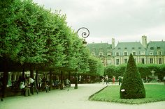 I told Addysen to meet me here, but she didn't. She went there later and loved it. It is a wonderful place to sit. Place de vosges, Paris.