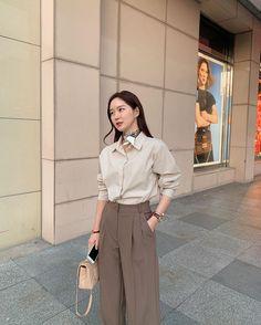 Tokyo Fashion, Korea Fashion, 70s Fashion, Asian Fashion, Fashion Outfits, Fashion Tips, Kawaii Fashion, Petite Fashion, Fashion Styles