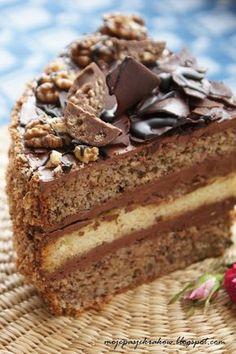 moje pasje: Czekoladowo-orzechowy tort jasieński