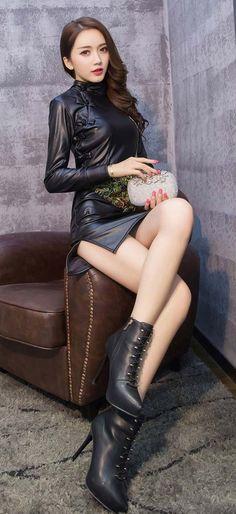 气质名媛孔雀印花PU皮旗袍修身包臀长袖连衣裙(1)_美美 - 美丽鸟