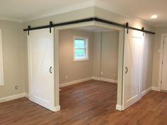 Created a versatile space in an open room with barn doors - Haus und Garten - Basement Bedrooms Basement Makeover, Basement Renovations, Home Renovation, Home Remodeling, Basement Storage, Closet Storage, Bedroom Storage, Closet Organization, Organization Ideas