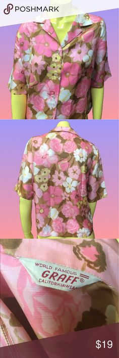 """•🌼🌸 Vtg 70s Brown & Pink Rose Floral Shirt 🌸🌼• If your grandma's couch were a shirt 👚📺💐🕰🍂. Pearly Lil' buttons and silky on the skin 💗💓. Light yellowing on inside of collar ✔️✨ . • Graff . Californiawear • 💯% Polyester • M/L •  . • Bust: 38"""" • • Length: 23"""" • • Sleeve: 24"""" • . . • * • . • ✶ • . • * • . #vintage #vtg #retro #1970 #1970s #70s #funky #floral #groovy #boho #brown #pink #daisy #rose #roses #print #midcentury #button #blouse #shirt #day #drag #seattle#realbazaar Tops…"""