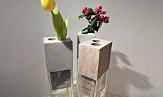Jiří Vlastník uvádí vázu s nástavcem z betonu či dřeva
