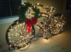 Give your old bike a second chance and turn it into a beautiful and original decoration for Christmas. Love this idea :) Outdoor Christmas, Vintage Christmas, Christmas Holidays, Christmas Bulbs, Christmas Crafts, Merry Christmas, Christmas Images, Xmas, Bike Decorations