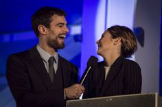 Theo James & Shailene Woodley laughing together is life #insurgent #premiere