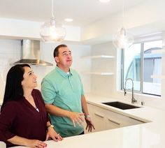 Bright #kitchen bright #lights! Tune in to @hgtv at 10pm|9c for an #allnew episode of #househunters!. . . . . . . .  #lightbulbs #onset #production #socal #california #beachhouse #realitytv #reality #bts #behindthescenes #hgtv #pietown #premiere #productionstill #realestate #homebuyer #couple