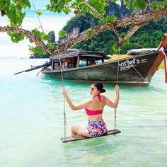 All you need to know about island-hopping from Krabi! 9 secret islands around Krabi, with great beaches and perfect for diving, snorkelling and exploring!