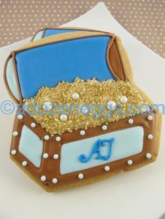 Pirate Treasure Chest Cookie