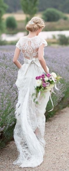 Simply gorgeous. Via @swisschicboutiq. #weddings #chic