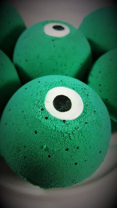 Monster Eye Boo-Berry Scented Halloween Bath Bombs! HOW TO USE: Run a warm bath, drop a bath bomb in the water (or break into pieces and just use