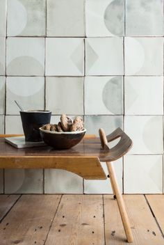 Subtle Imperfections: Screen-Printed Ceramic Tiles from a Small-Batch London Company (Remodelista: Sourcebook for the Considered Home) Decor Interior Design, Interior Decorating, Ceramic Floor Tiles, Porcelain Tile, Ceramic Bowls, Ceramic Art, Keramik Design, Handmade Tiles, Handmade Ceramic