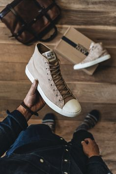 The most responsible sneaker on the planet. Stitch constructed, made with recycled materials, and delivered to your door in fully sustainable packaging. Eco-friendly doesn't need to look eco-friendly. Vegan Sneakers, Vegan Shoes, High Top Sneakers, Casual Outfits, Men Casual, Mens High Tops, Chuck Taylor Sneakers, Sustainable Fashion, Loafers & Slip Ons