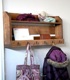 Rustic and Old styled Handmade Wooden Coat Rack can be made from the Old or recycled pallets and this is also another way to use your Old free pallets in a Unique project in your own house.