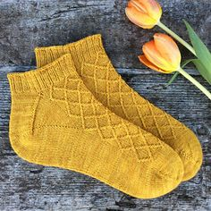 All Yarnesty patterns are off this spring! Also, you can create your own bundle. Put three or more patterns from Yarnesty's Ravelry Store in your basket and you get discount. Knitting Socks, Ravelry, Create Your Own, Knitting Patterns, Knit Crochet, Turban, Knits, Crocheting, Crafts