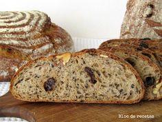 Bloc de recetas: Pan de espelta y centeno integral con nueces, pasas y sésamo negro