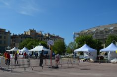 Journée Handisport Passion Partage, place d'Armes à Toulon, le 17 mai 2014. Les handi-basketteurs nous font une demo