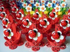 Risultati immagini per enfeites de mesa para festa infantil em eva