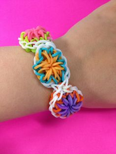 A pretty new Bandaloom bracelet in rainbow colors! #citrusbracelet #citrus