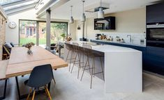 Add a side-return extension to create a kitchen diner Victorian Terrace House, Victorian Homes, Kitchen Diner Extension Victorian Terrace, Kitchen Extension Glass Roof, Narrow Kitchen Extension, Glass Extension, Victorian Kitchen, 1930s House, Victorian Cottage