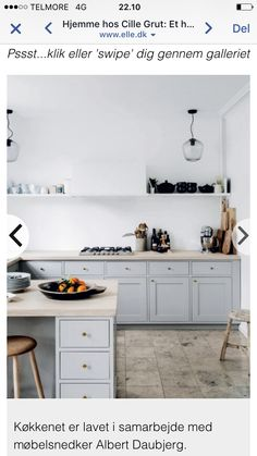 this gorgeous kitchen. from the home of Danish interior stylist Cille Grut. Image from Elle Decor Denmark, found via Kitchen Interior, New Kitchen, Kitchen Dining, Kitchen Decor, Kitchen Cabinets, Kitchen Art, Gray Cabinets, Minimal Kitchen, Stylish Kitchen