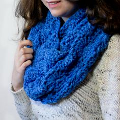 Crochet a Chunky Infinity Scarf... ♥ By My Favorite Things
