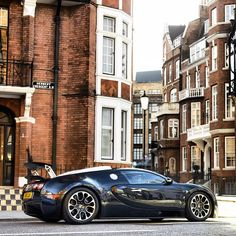 Bugatti Veyron on the streets of London
