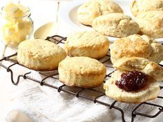 From the YOU test kitchen: Homemade scones South African Dishes, Homemade Scones, Simply Recipes, Good Food, Yummy Food, Ginger Cookies, Sweets Cake, Sweet Treats