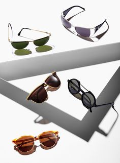 STILL LIFE | LINEASHOW, sunglasses, levels, strong shadows