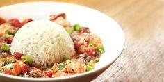 Camarão com leite de coco e ervas com arroz de gengibre e cachaça | DigaMaria.com