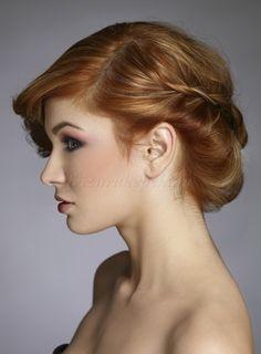 fonott+frizurák+-+fonással+díszített+alkalmi+frizura